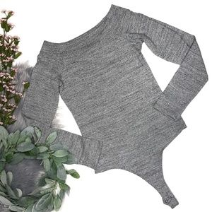 NWT 7FAM Off the Shoulder Bodysuit in Heather Gray